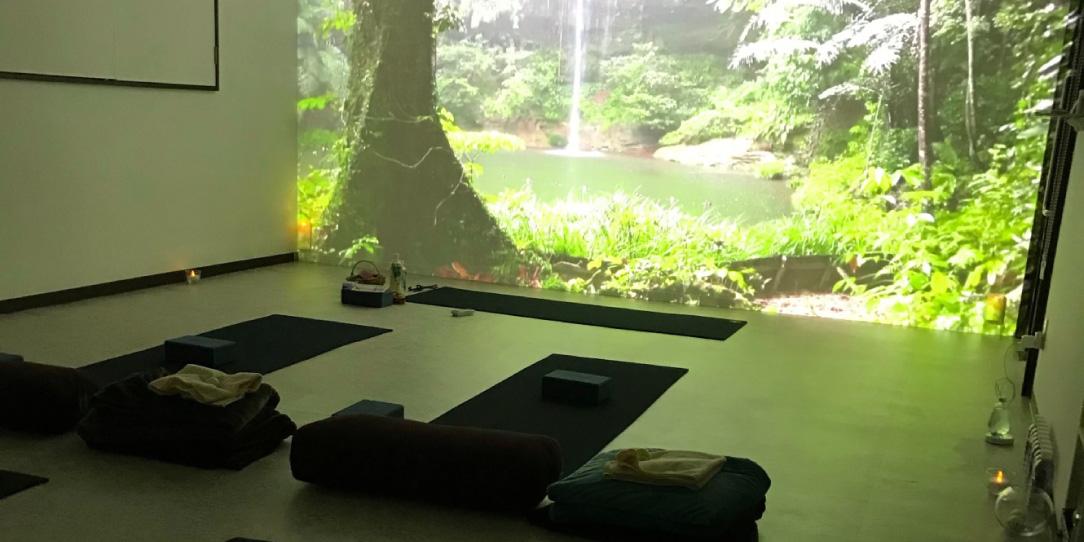スライド画像2|春日井市高蔵寺にあるヨガスタジオ My Yoga Studio(マイヨガスタジオ)初心者歓迎!楽しいヨガ・アットホームなヨガスタジオです!