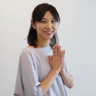 スタッフ紹介 | Akiko| 春日井市高蔵寺にある My Yoga Studio(マイヨガスタジオ)